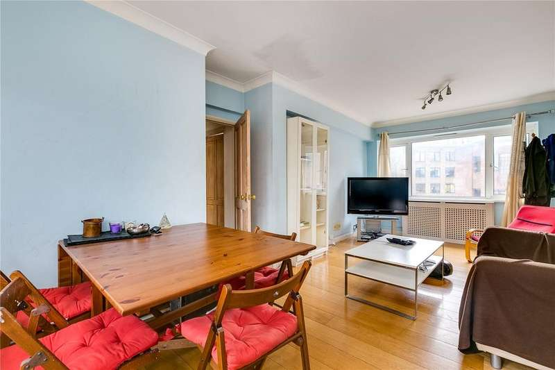 3 Bedrooms Flat for sale in Carrington Lodge, Sheen Road, Richmond, Surrey