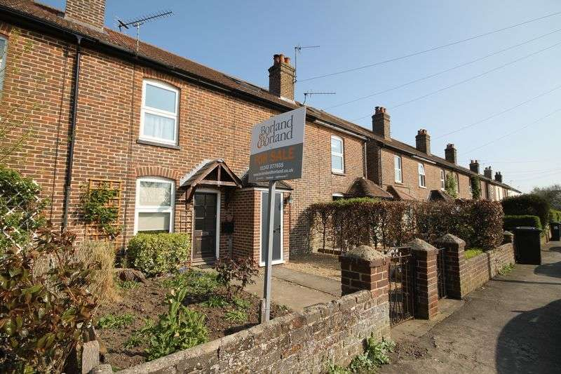 2 Bedrooms Terraced House for sale in Thorney Road, Emsworth
