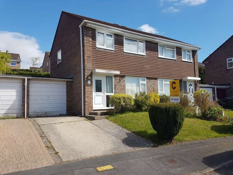 3 Bedrooms Semi Detached House for sale in Queens Close, Kingsteignton