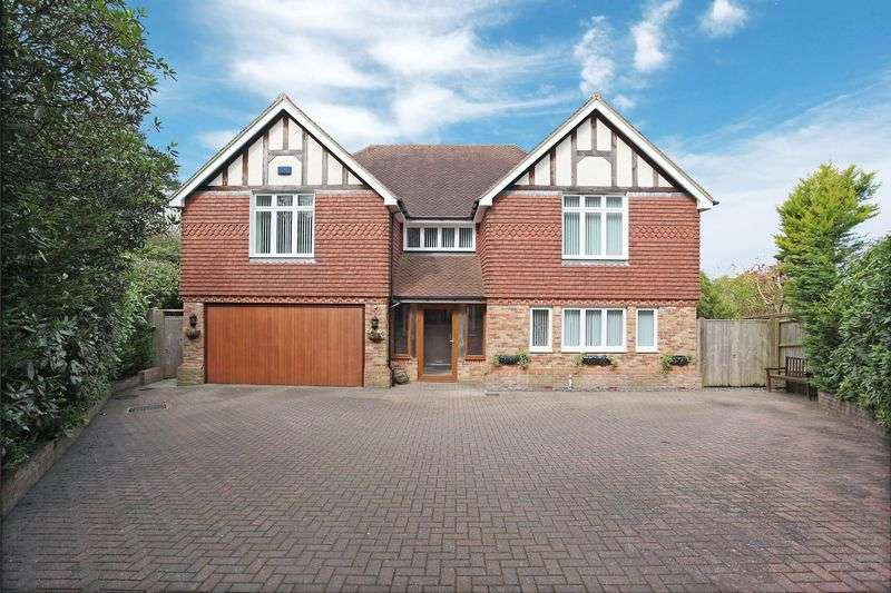 5 Bedrooms Detached House for sale in Aviemore Road, Crowborough, East Sussex