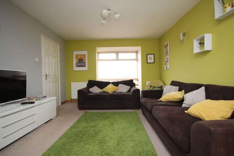 3 Bedrooms Detached House for sale in Read Way, Bishops Cleeve, Cheltenham GL52 8EL