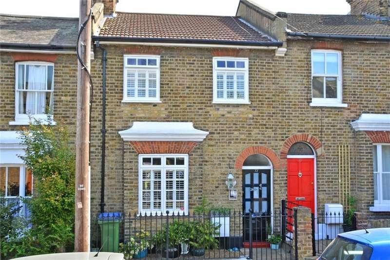 3 Bedrooms Terraced House for sale in Calvert Road, Greenwich, London, SE10