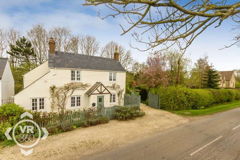 4 Bedrooms Detached House for sale in Beautiful Period Property in New Yatt