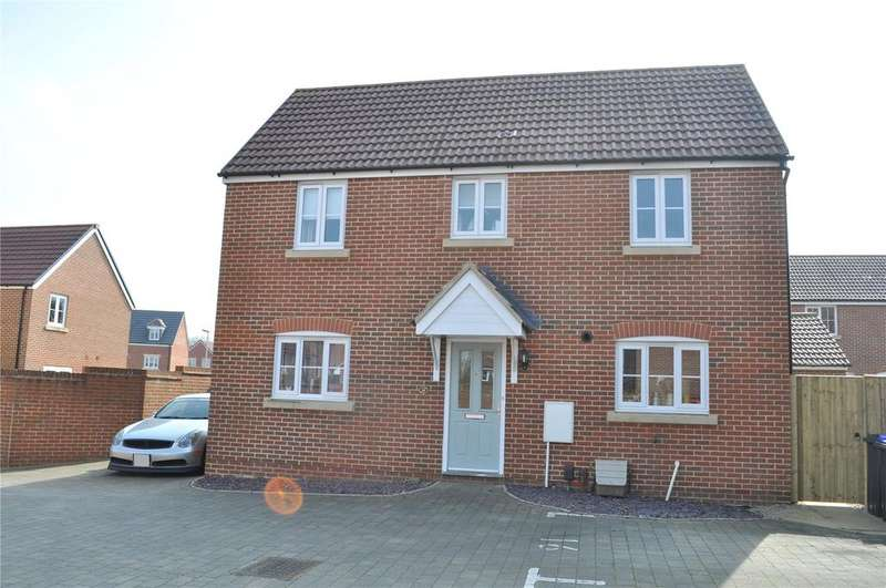 3 Bedrooms Detached House for sale in Mustang Way, Swindon, Wiltshire, SN5