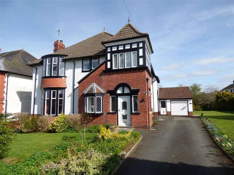 5 Bedrooms Detached House for sale in Pentrosfa, Llandrindod Wells, Powys