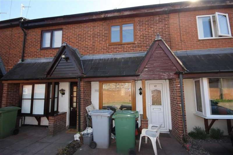 2 Bedrooms Terraced House for sale in Long Row, Newark, Nottinghamshire