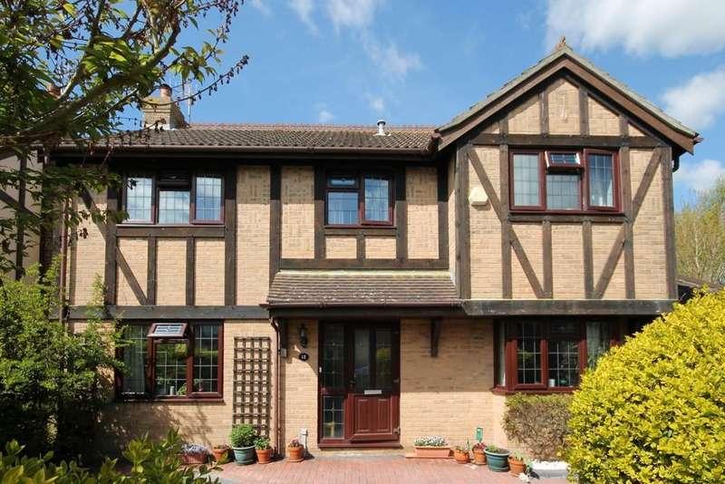 4 Bedrooms Detached House for sale in St. Marys Close, Sompting, BN15 0AF