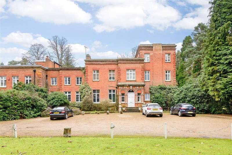 2 Bedrooms Flat for sale in Lavershot Hall, London Road, Windlesham, Surrey