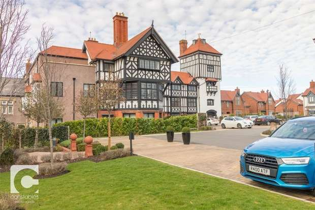 2 Bedrooms Flat for sale in Mostyn House, The Parade, Parkgate, Neston, Cheshire