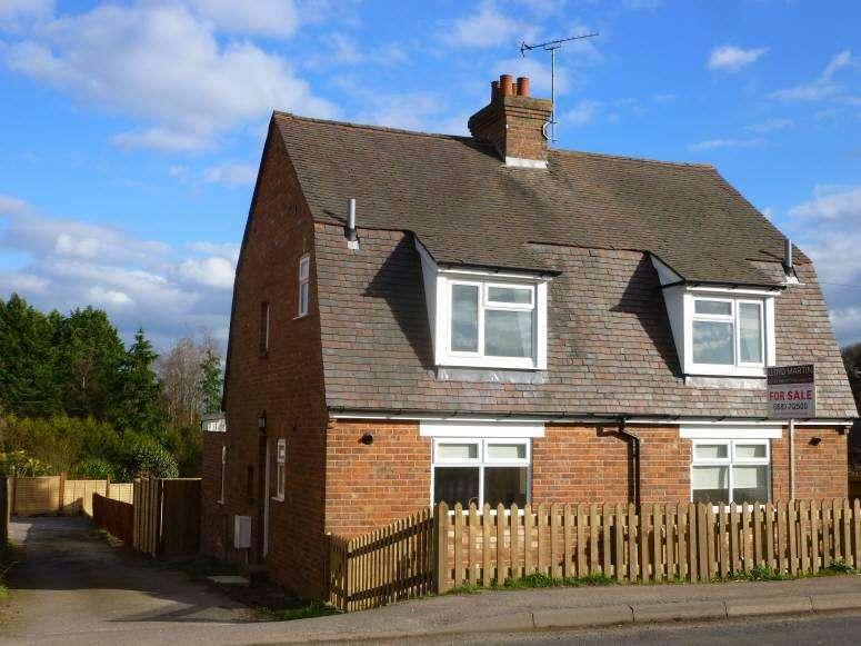 2 Bedrooms Semi Detached House for sale in Hawkhurst Road, Hartley, Cranbrook, Kent, TN17 3QA