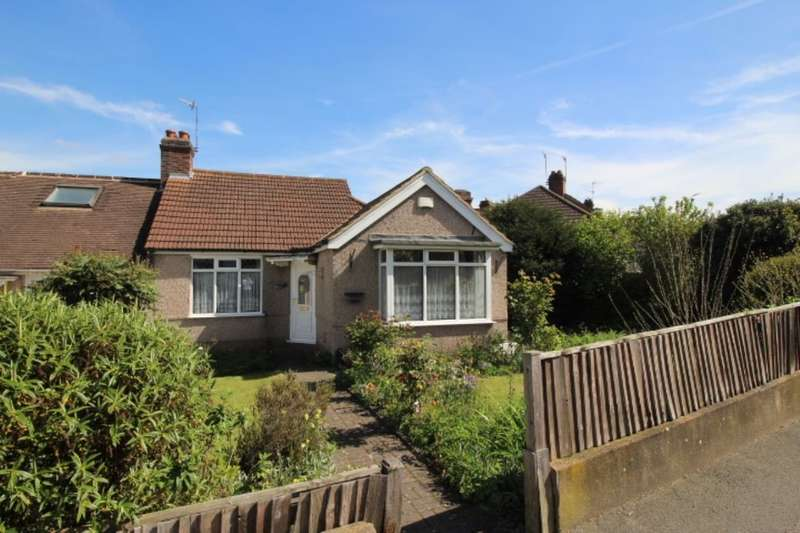 3 Bedrooms Semi Detached Bungalow for sale in Kingswood Avenue, Belvedere, DA17