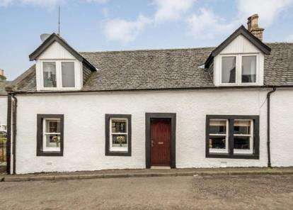 2 Bedrooms Bungalow for sale in Main Street, Dunlop
