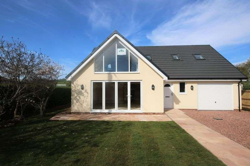 3 Bedrooms Detached House for sale in Doniford Road, Williton