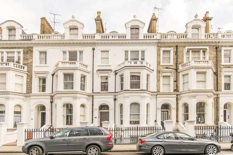 3 Bedrooms Flat for sale in Coleherne Road, Chelsea, SW10