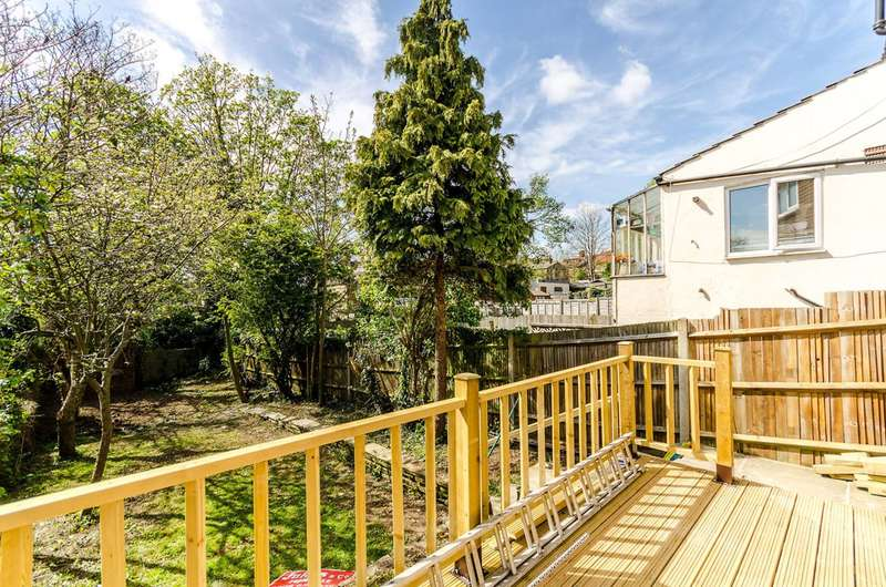 3 Bedrooms House for sale in Canham Road, South Norwood, SE25