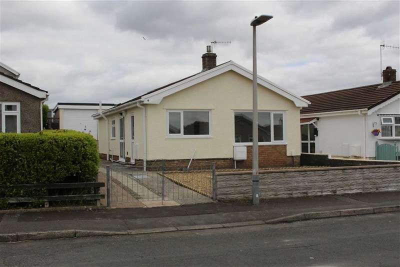 3 Bedrooms Property for sale in Heol Dylan, Gorseinon