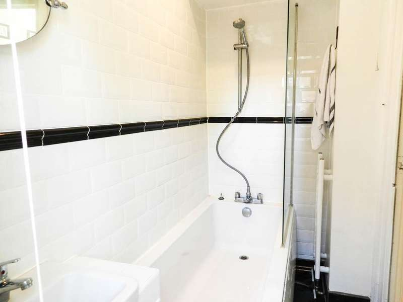 1 Bedroom Property for sale in Beeleigh Road, Morden