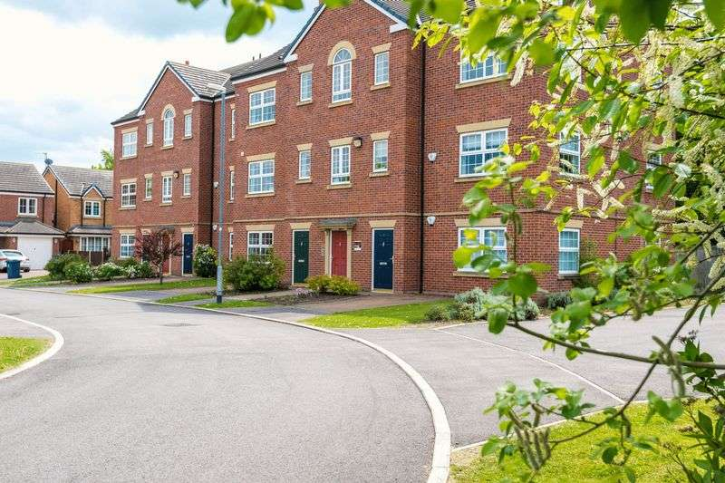 2 Bedrooms Flat for sale in Otterstye View, Southport