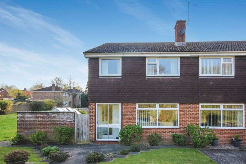 3 Bedrooms Semi Detached House for sale in MANOR FARM ROAD, MILFORD, SALISBURY, SP1