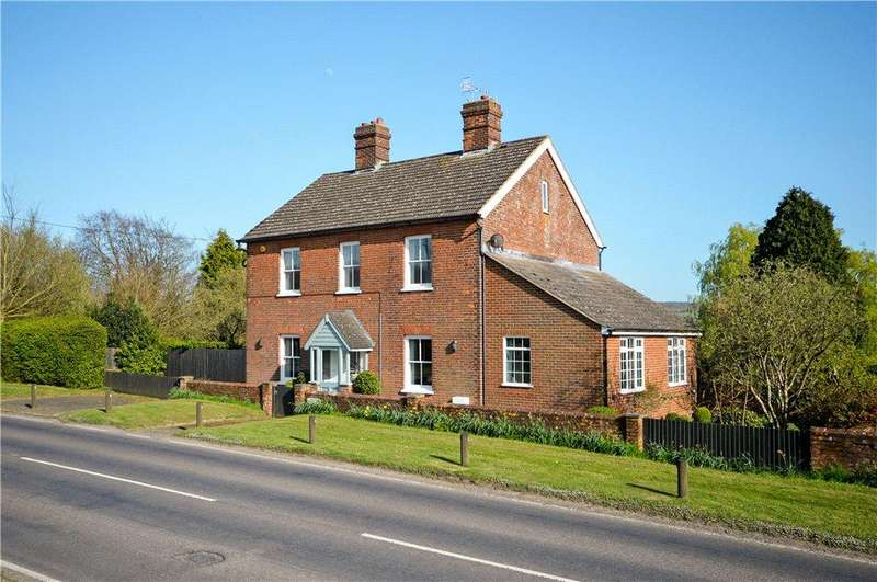 5 Bedrooms Detached House for sale in Canterbury Road, Bilting, Ashford, Kent