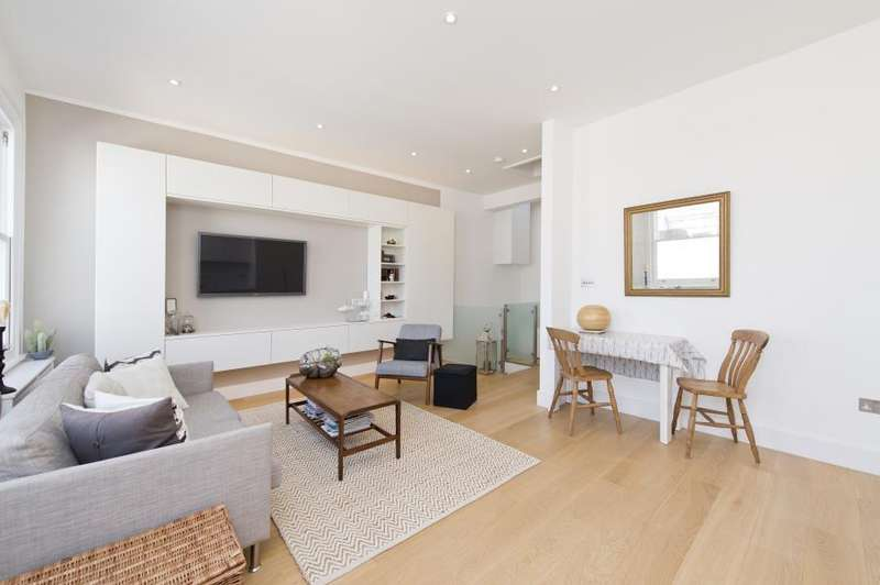 2 Bedrooms Apartment Flat for sale in Maclise Road, Brook green W14