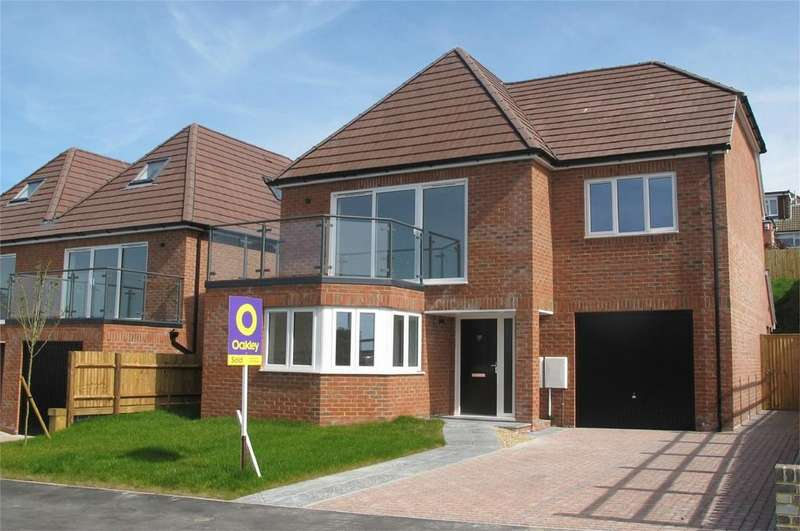 4 Bedrooms Detached House for sale in Claremont Road, Newhaven, East Sussex