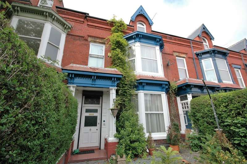 6 Bedrooms Terraced House for sale in Grange Road, Hartlepool, North Yorkshire, TS26