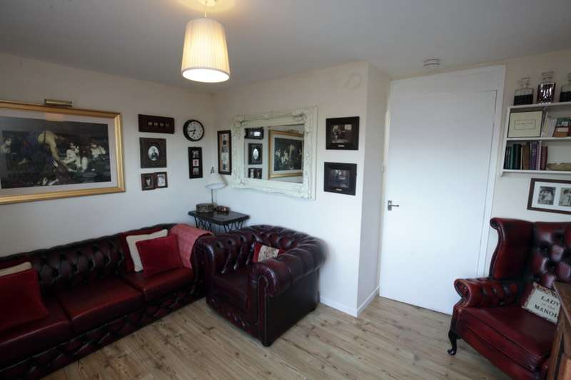 1 Bedroom Flat for sale in Dura Park, Glenrothes, Fife, KY7