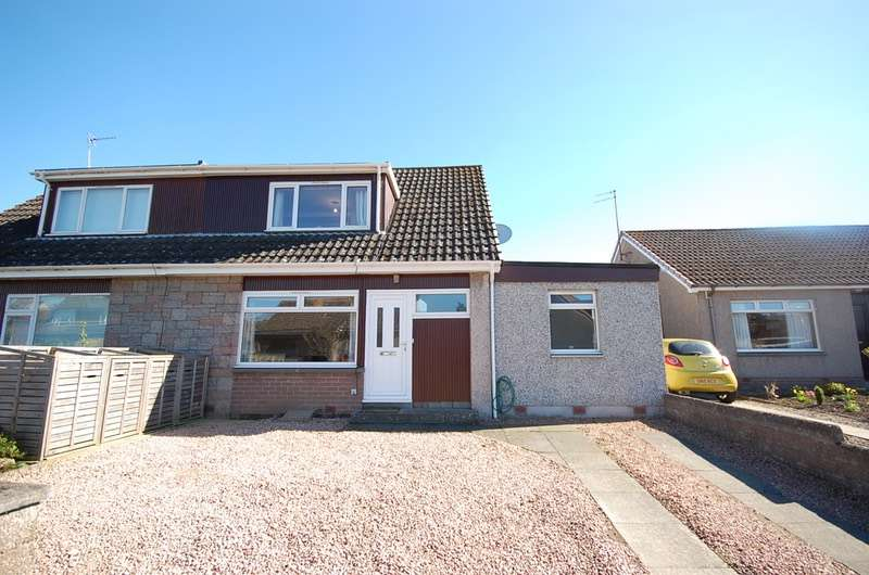 4 Bedrooms Semi Detached House for sale in Millfield, Cupar, Fife, KY15