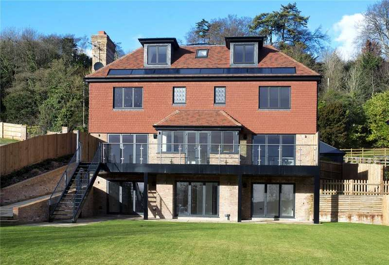 6 Bedrooms Detached House for sale in Gables Park, Wrotham Hill, Sevenoaks, Kent, TN15