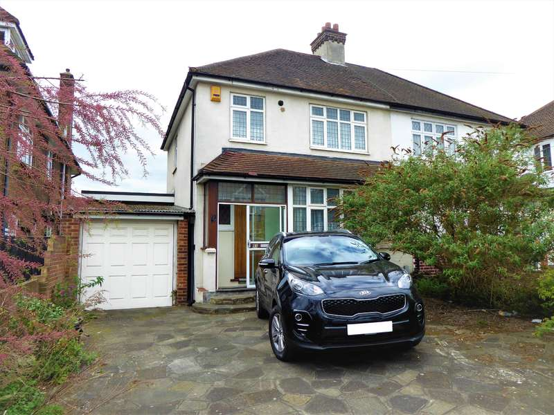 3 Bedrooms Semi Detached House for sale in Oaklands Road, South Bexleyheath, Kent, DA6 7AW
