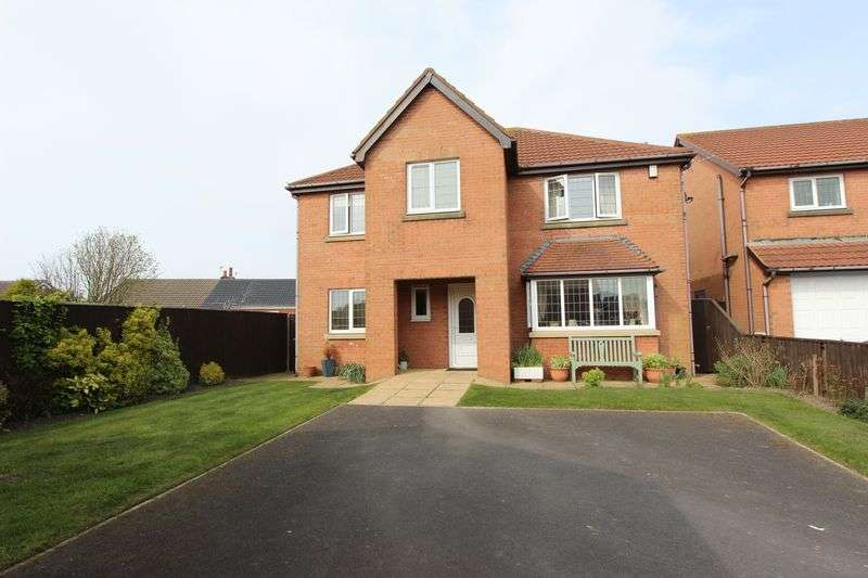4 Bedrooms Detached House for sale in 4 Hazel Close, Knott End On Sea, Poulton Le Fylde, Lancs FY6 0RD