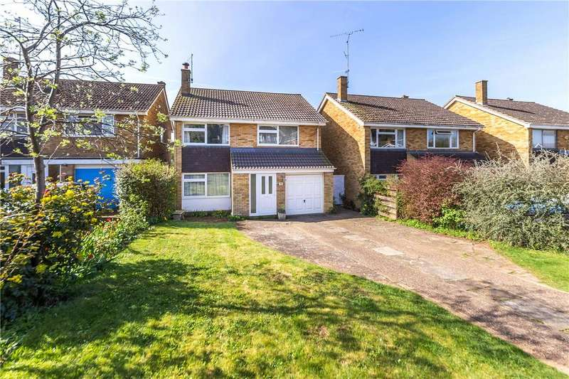 4 Bedrooms Detached House for sale in Dacre Crescent, Kimpton, Hitchin, Hertfordshire