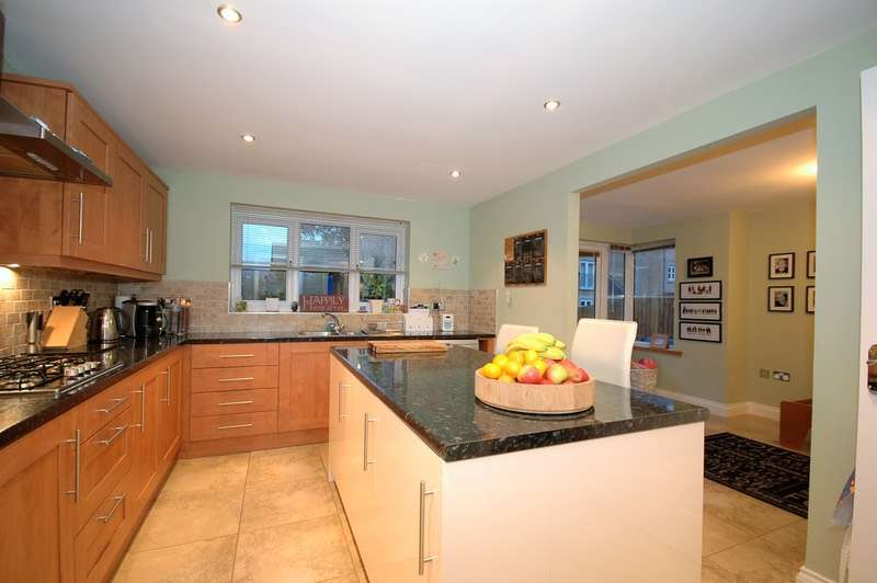 5 Bedrooms Semi Detached House for sale in Coltpark Woods, Hamsterley, Tyne and Wear, NE17
