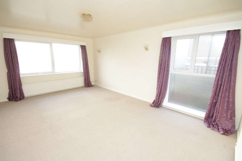 2 Bedrooms Flat for sale in Stanley Road, Wirral, Merseyside, CH47