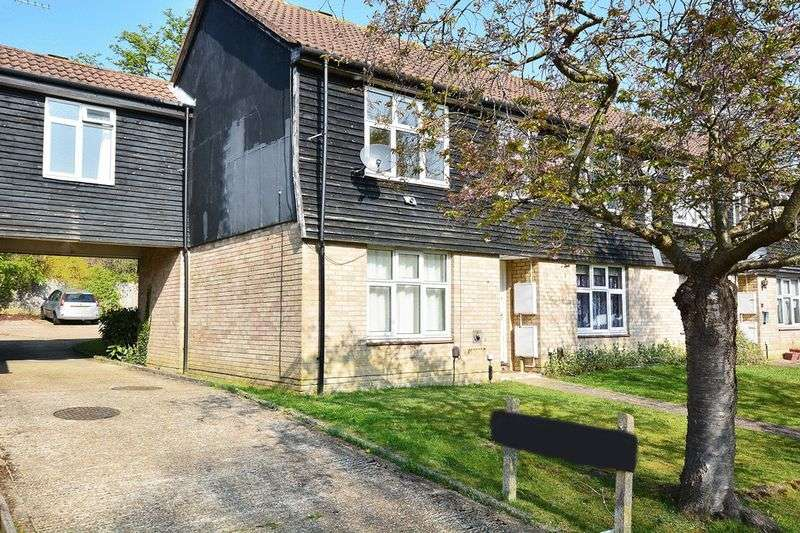 Flat for sale in Malvern Road, Southgate, CRAWLEY