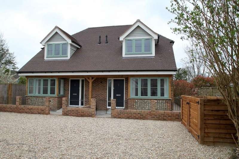3 Bedrooms Semi Detached House for sale in Off York Road, Chichester