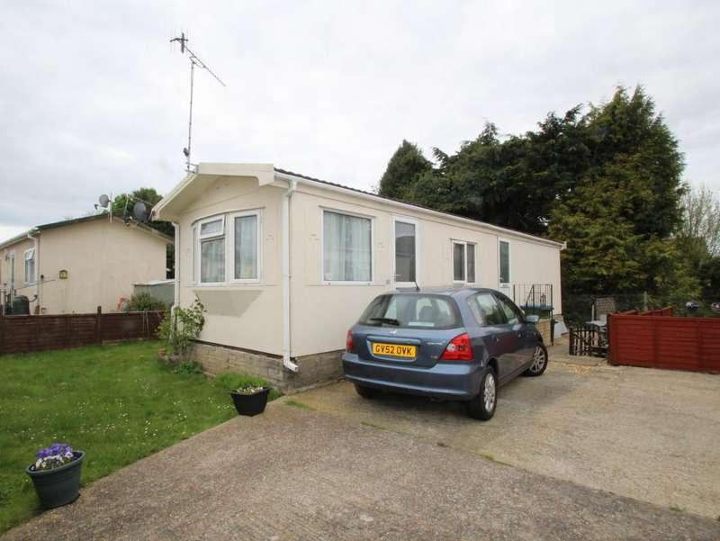 2 Bedrooms Mobile Home for sale in Worthing Road, Rustington