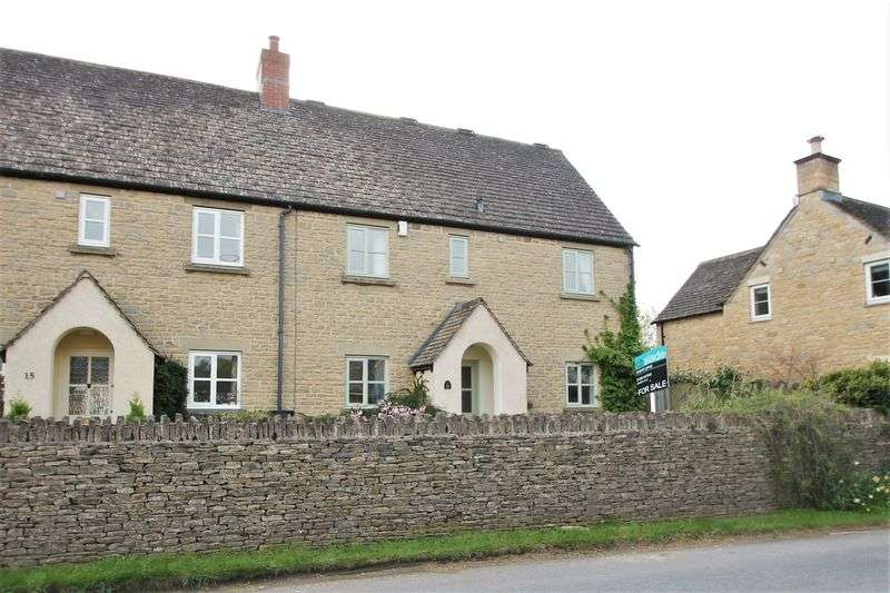 4 Bedrooms Semi Detached House for sale in Kingfisher Place, South Cerney, Gloucestershire
