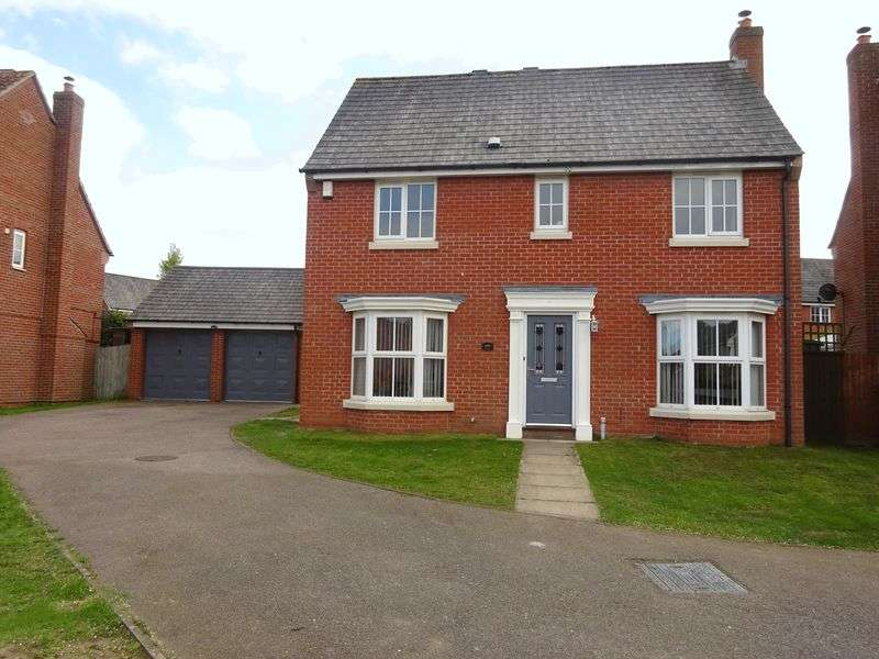 4 Bedrooms Detached House for sale in Kingswood Avenue, Taverham Norwich