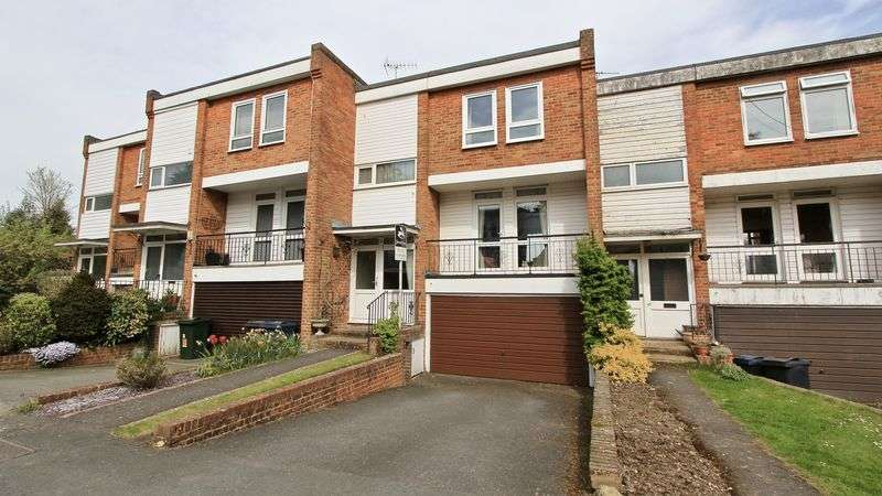 3 Bedrooms Terraced House for sale in Elmtree Green, Great Missenden