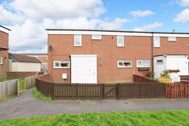 3 Bedrooms Semi Detached House for sale in Warrensway, Woodside