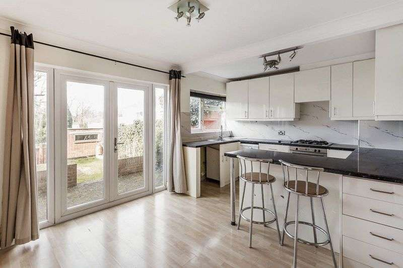 3 Bedrooms Terraced House for sale in Court Wood Lane, CROYDON