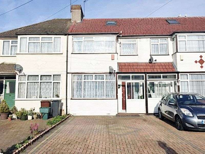 4 Bedrooms Terraced House for sale in Wentworth Road, Southall