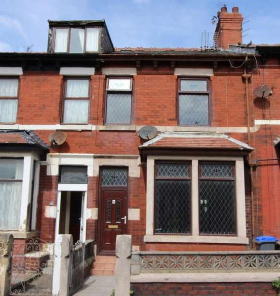 4 Bedrooms Terraced House for sale in Keswick Road, Blackpool, Lancashire, FY1