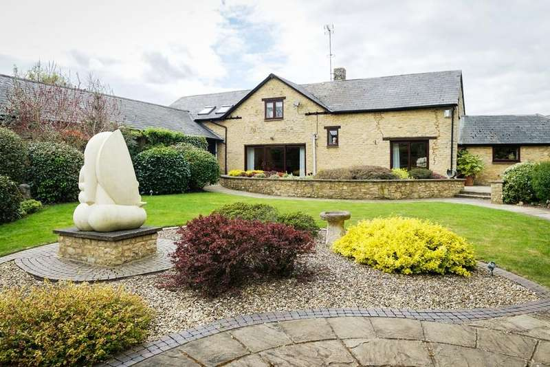 4 Bedrooms Barn Conversion Character Property for sale in Walnut Barn, Silverstone