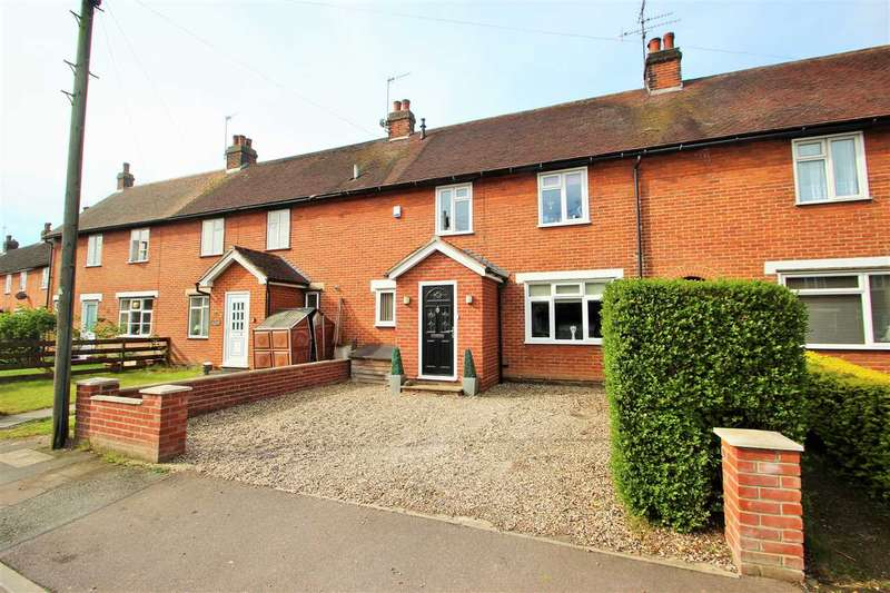 3 Bedrooms Terraced House for sale in Defoe Crescent, Mile End, Colchester
