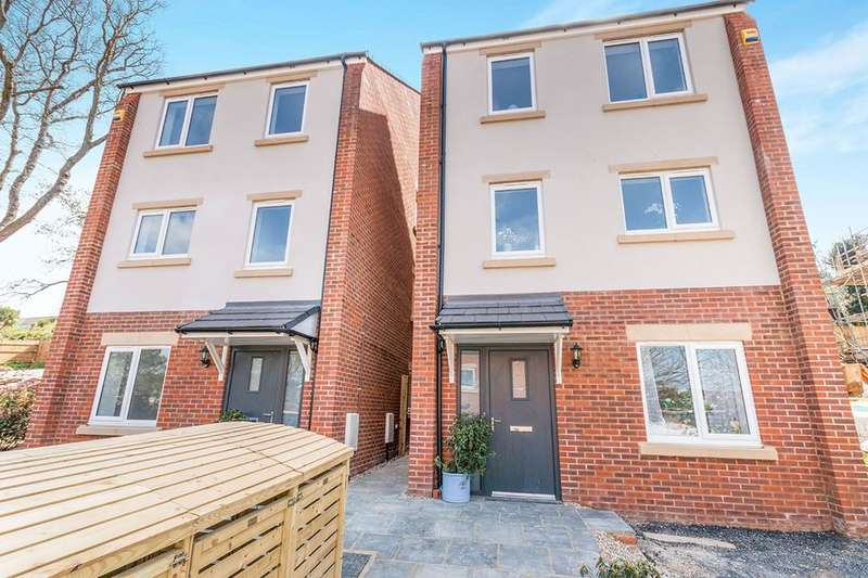 4 Bedrooms Detached House for sale in Kathleen Close, Hastings, TN34