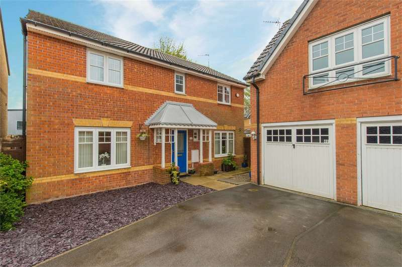 4 Bedrooms Detached House for sale in Everside Close, Worsley, Manchester