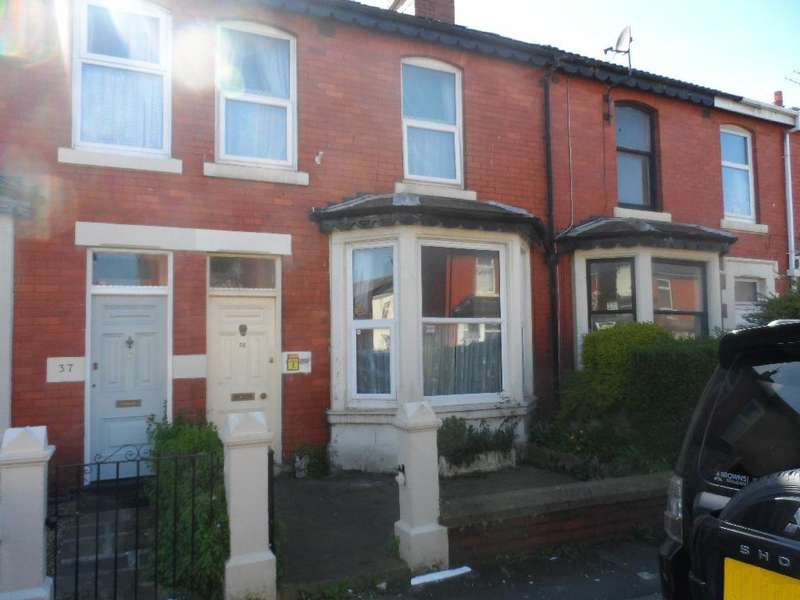 4 Bedrooms Terraced House for sale in Newhouse Road, Blackpool, FY4 4JJ